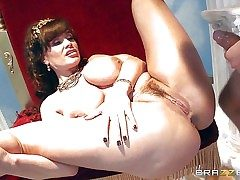 Lisa Ann is two mature beauty god with eminent interior